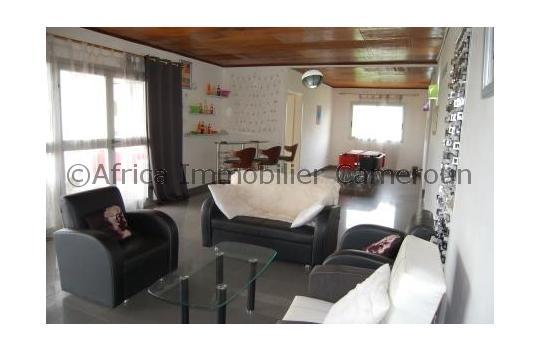 Appartement meubl 3 chambres yaounde odza for Appartement meuble a yaounde