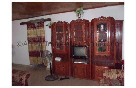 Appartement meubl 3 chambres yaounde omnisports for Appartement meuble a yaounde