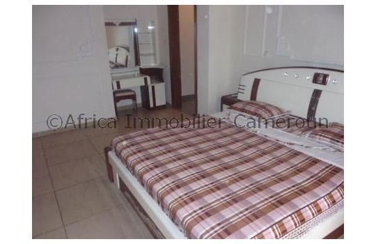 Appartement meubl 2 chambres yaounde golf for Appartement meuble a yaounde
