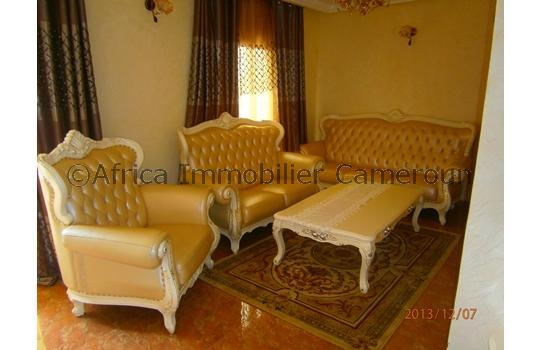 Appartement meubl 3 chambres yaounde elig essono for Appartement meuble a yaounde