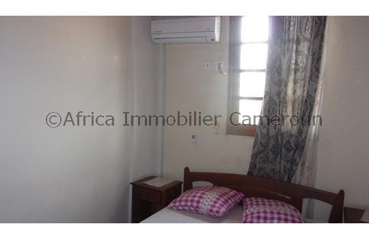 Appartement meubl 2 chambres yaounde odza for Appartement meuble a yaounde