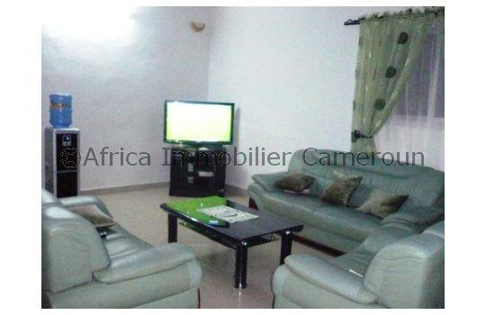 Appartement meubl 2 chambres douala pk10 for Appartement meuble douala